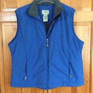 L.L. Bean Women's Lightweight Vest Bright Blue XL